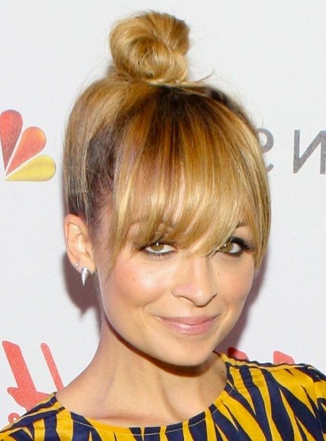 style icon nicole richie top knot hair style .jpg__550×759_